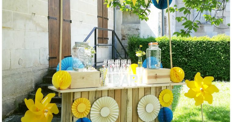 Bar à Jus – Bleu et Jaune